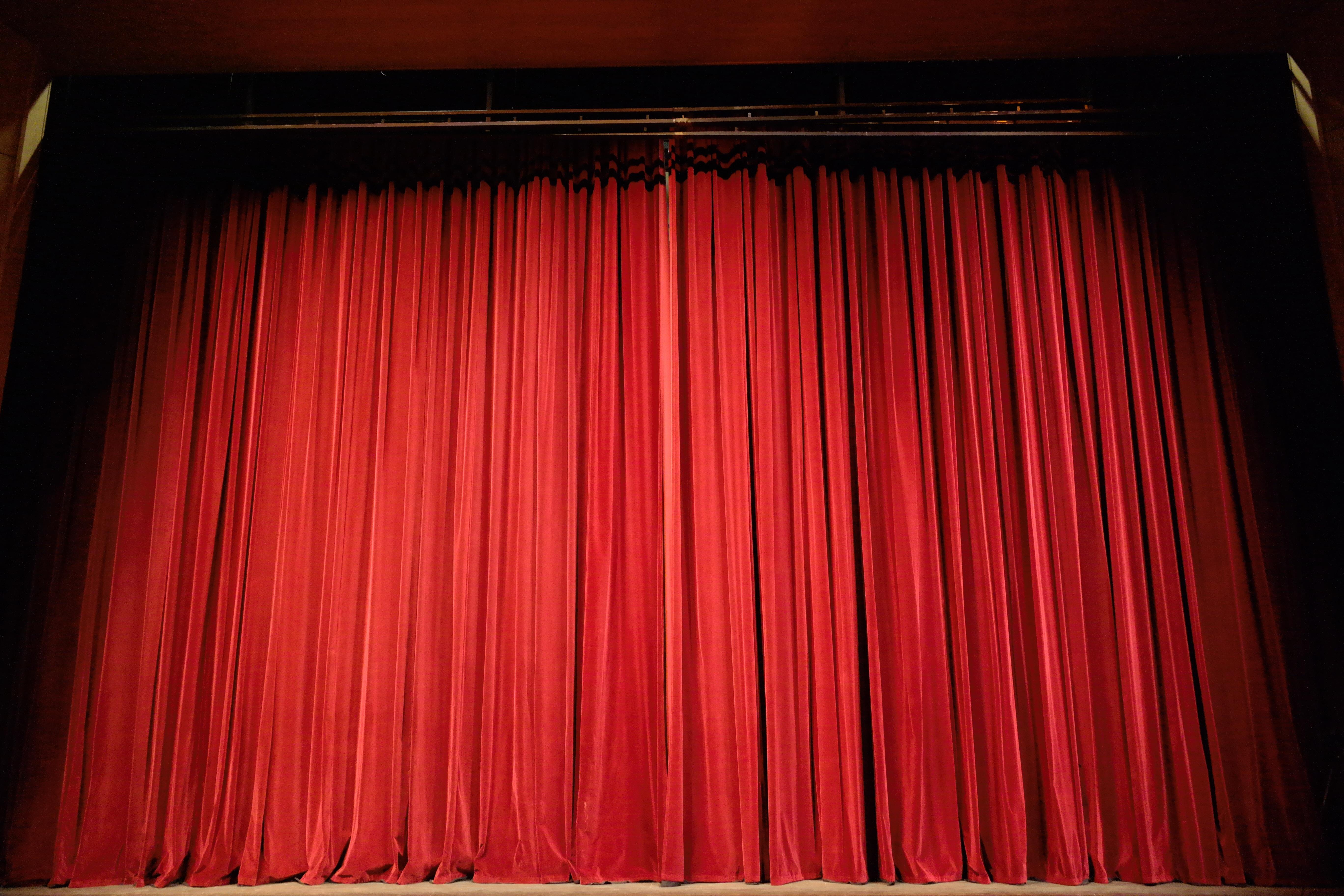 Erratum Présentation des ateliers theatre